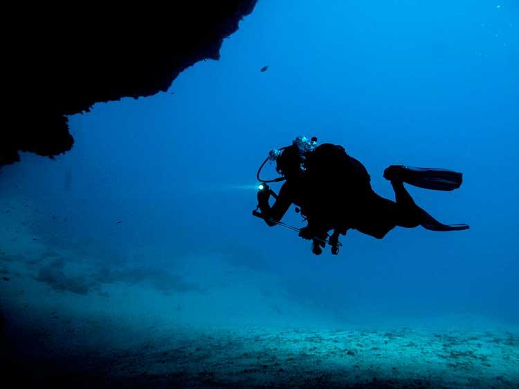 PADI, Specialty Diver, courses, specialties, Dive College Lanzarote, Playa Blanca