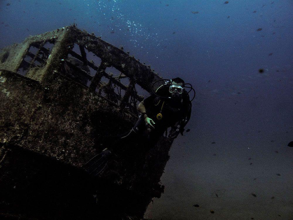 Wreck, diving, Dive College Lanzarote